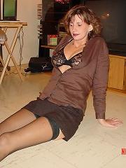 Amateur Matures In Nylons^amateur Matures In Nylons Mature Porn Sex XXX Mature Matures Mom Moms Erotic Pics Picture Gallery Free