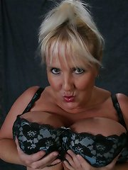 Huge 44g Cups Daphne Stone Exposing Every Orifice^daphne Stone 44g Mature Porn Sex XXX Mom Free Pics Picture Gallery