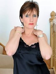 Lady Sonia Fingers^lady Sonia Mature Porn Sex XXX Mom Free Pics Picture Gallery