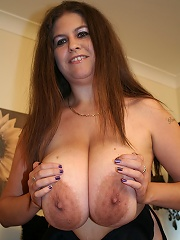 Huge Breasted Housewife Shaking Them Titties^mature Eu Mature Porn Sex XXX Mature Matures Mom Moms Erotic Pics Picture Gallery Free