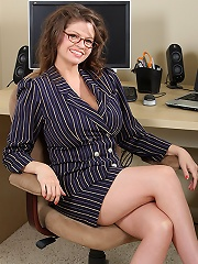 Busty Office Administrator Becomes Bored So Strips For The Camera^all Over 30 Mature Porn Sex XXX Mom Picture Pics